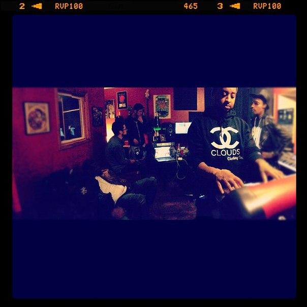 Wiz Khalifa - Cabin Fever 2. Ориентировочная дата выхода 12.10.12