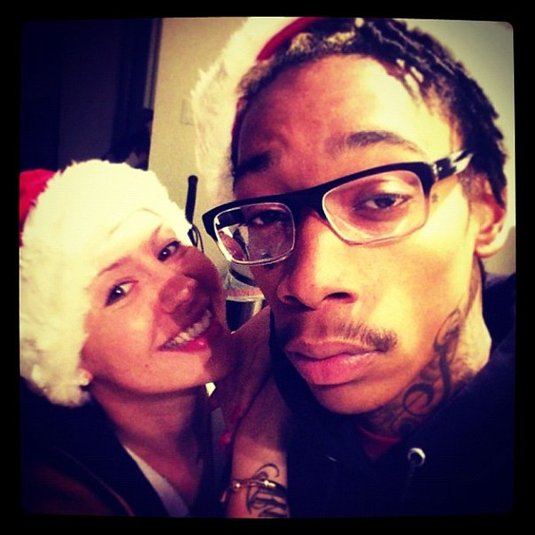 Wiz и Amber во всю празднуют рождество
