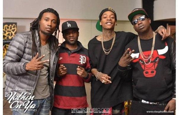 Фото со съёмок клипа на трек Gucci Mane, при участии Wiz'a - Nothin On Ya.