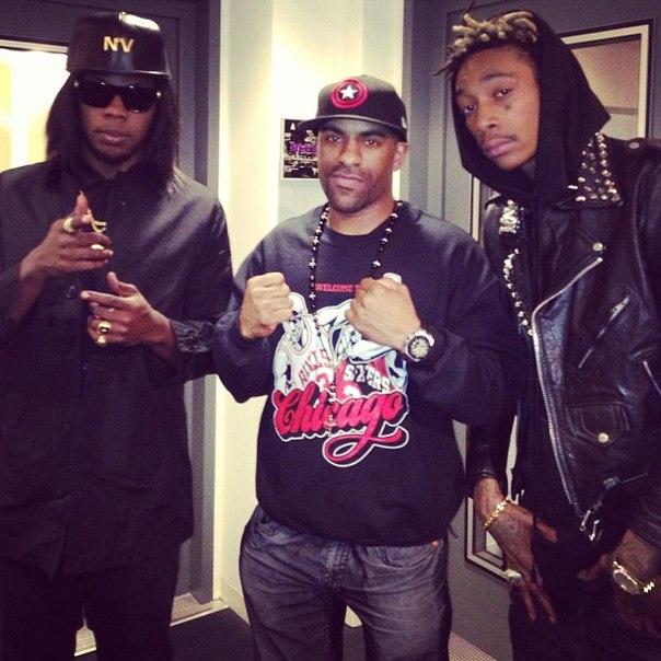 Wiz побывал на радио Hot 97, где дал интервью.