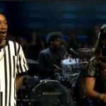 Kelly Rowland выступила вместе с Wiz'ом на шоу Jimmy Fallon'a, со своим новым синглом «Gone», который вышел вчера.
