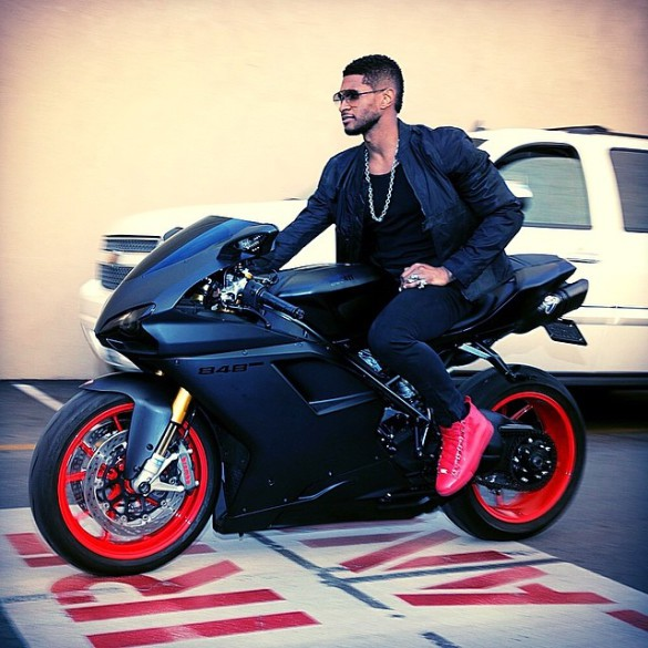 Usher – I Don't Mind (feat. Juicy J)